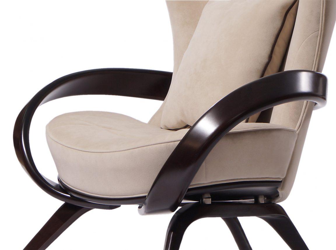кресло в английском стиле с ушами