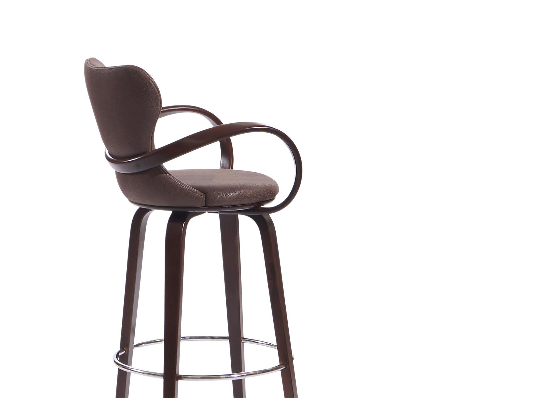 высокий барный стул со спинкой