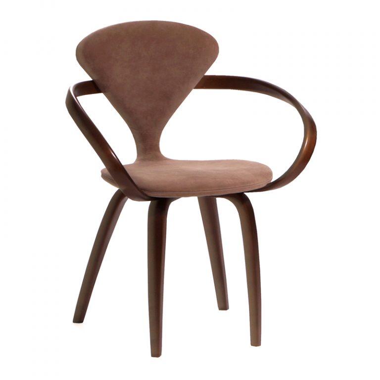 Дизайнерский стул с мягкой спинкой