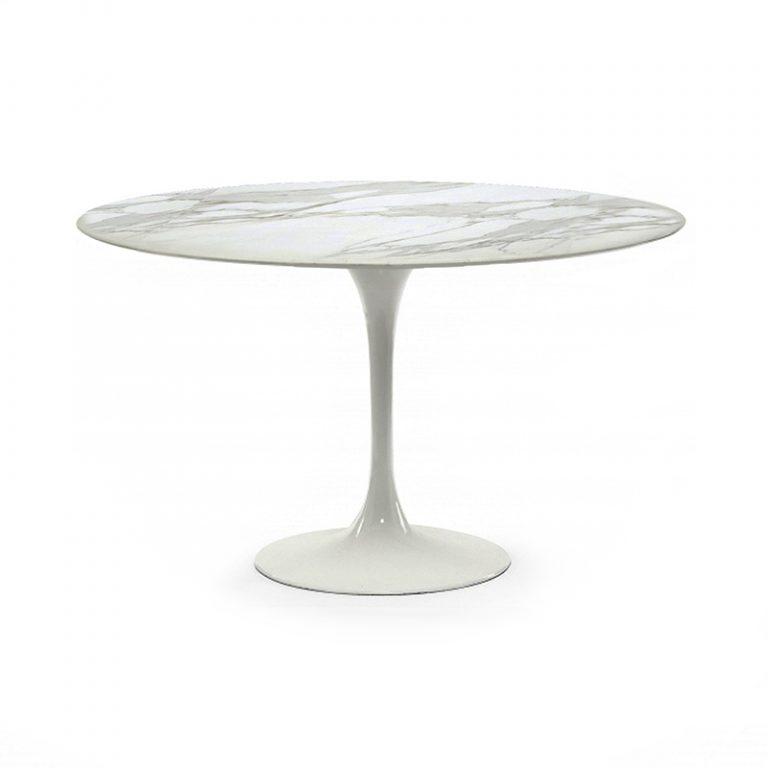 Стол обеденный с мраморной столешницей