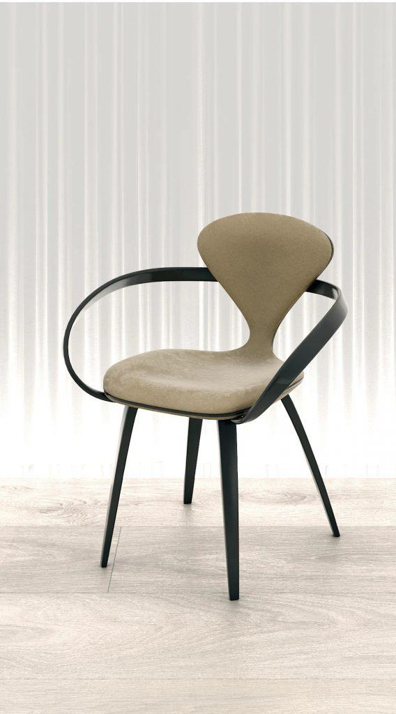 Оригинальный стул в гостиную